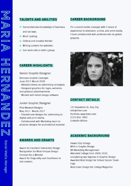 Social Media Manager Dark Blue Simple Resume